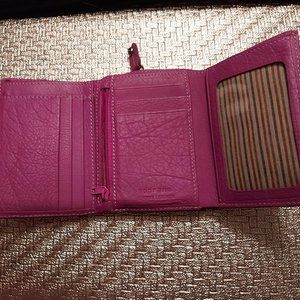 Soprano | Pink Leather Trifold Wallet